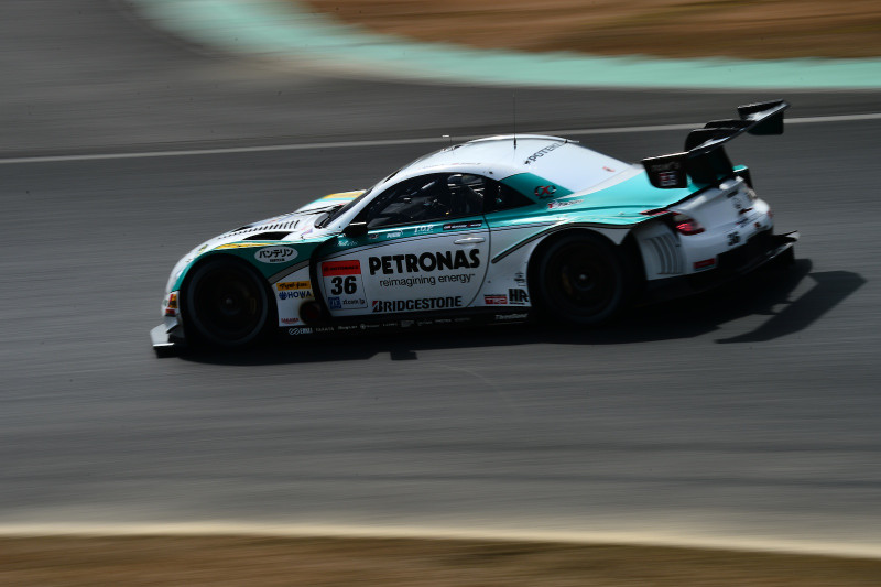 #36 PETRONAS TOM'S SC430